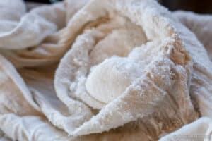 la fibra del coco que se ha quedado en la tela