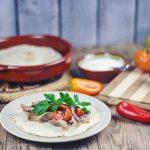 Carnitas Mexicanas con Tortillas de Maíz Caseras