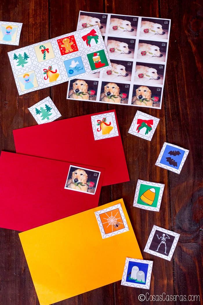 Una variedad de sellos caseros hechos con un pegamento de gelatina