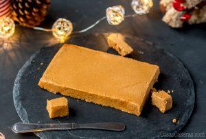 Hecho en casa con almendras tostadas y miel, esta receta de turrón de Jijona tepermitedisfrutar del popular dulce navideñoen cualquier momento del año, y en cualquier parte del mundo.