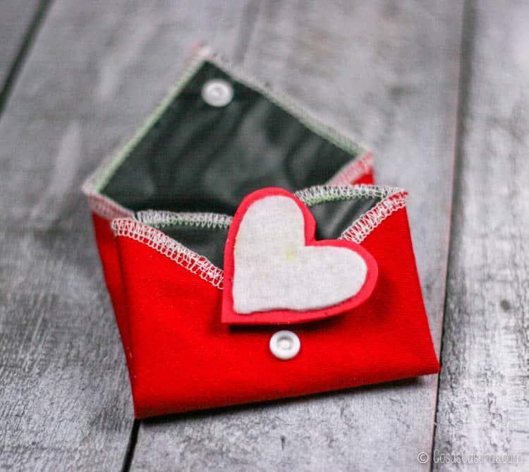 Cómo Hacer Una Pizarra Portatil De Tela En Forma De Corazón Cosas Caseras
